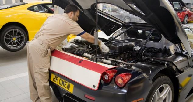 HR Owen Opens Classic Cars Service Centre Influence Associates - Cool cars service centre