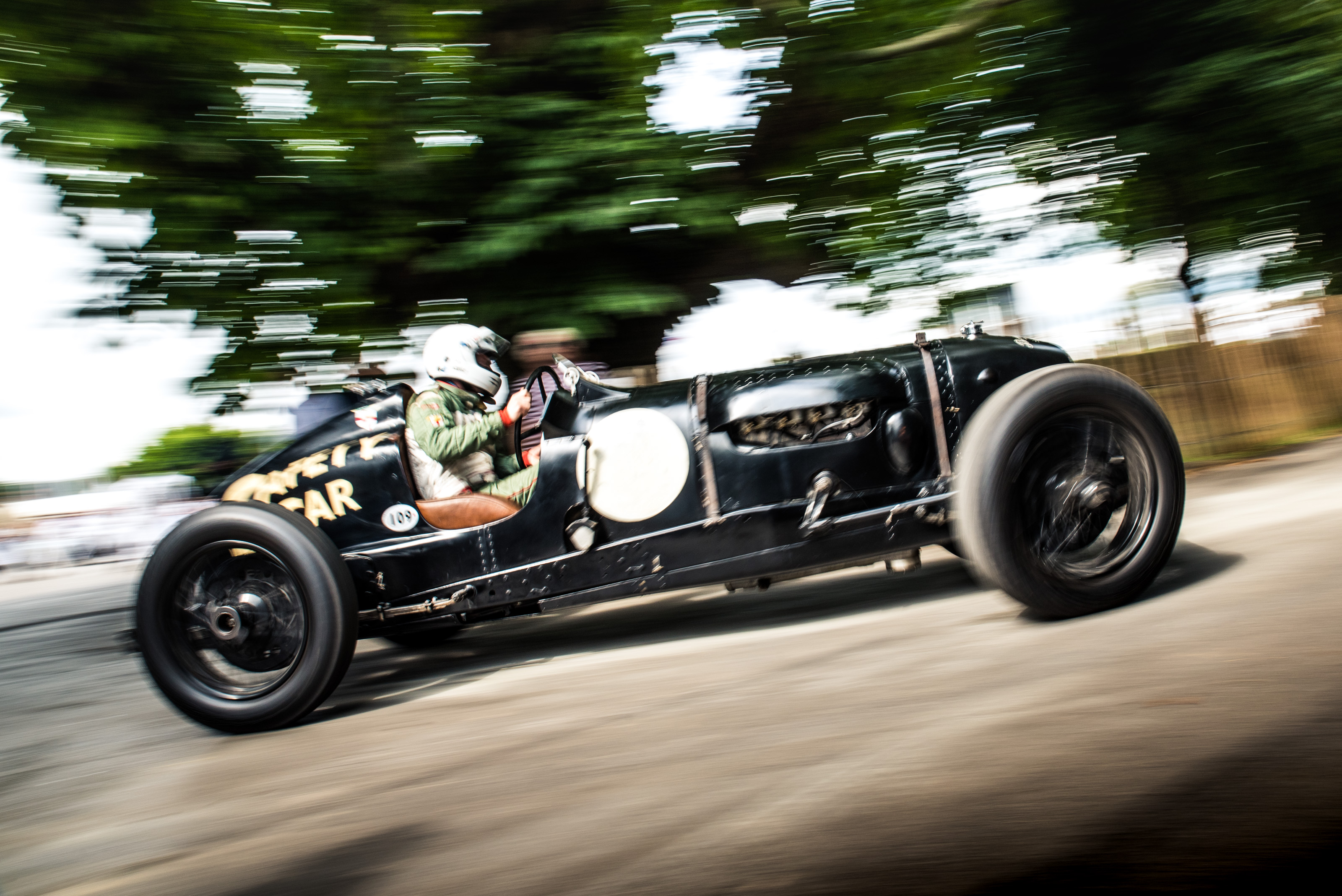 Classic Car PR: William Medcalf will run the famous 1936 Pacey-Hassan Special in a special pre-war race at the forthcoming Goodwood Members' Meeting.