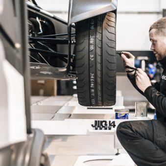 car mechanic apprenticeship london